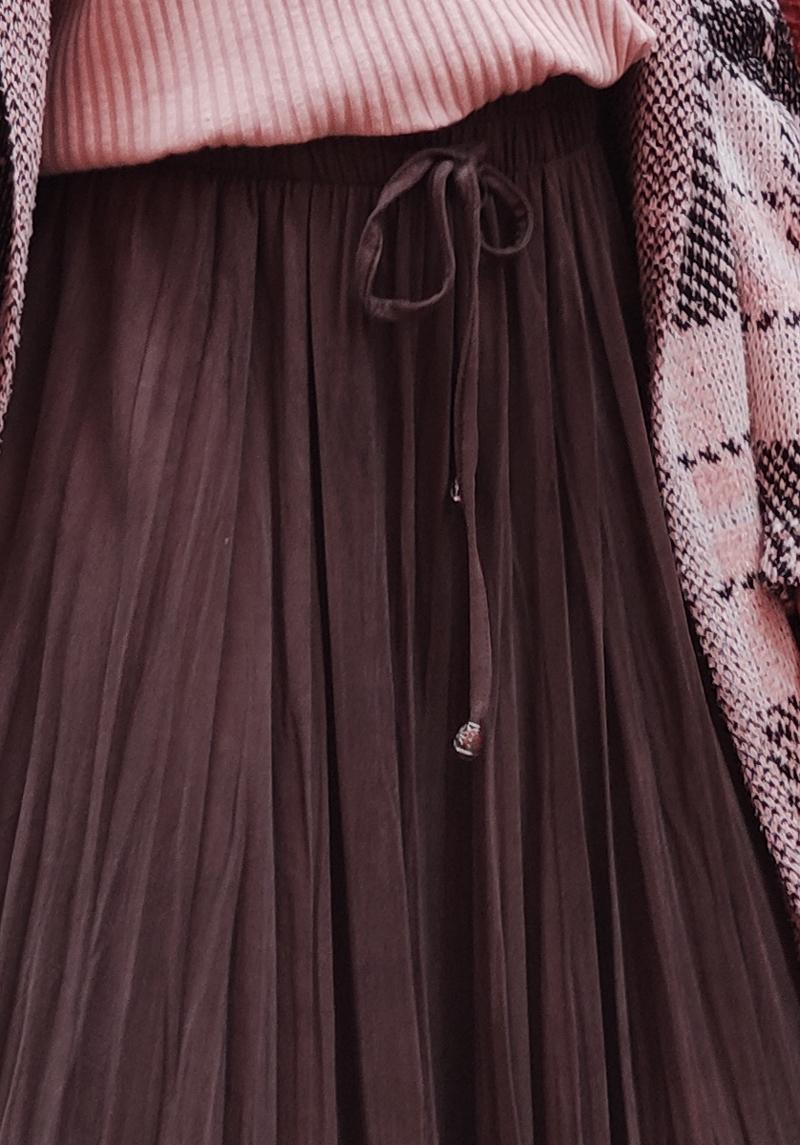 Braon midi suknja