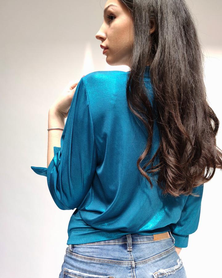 Plava bluza sa 3/4 rukavom